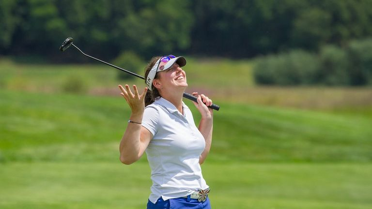 Given a reprieve, Austwick's second-round 74 was 29 strokes lower than her first