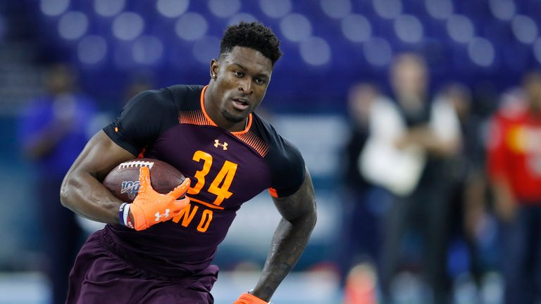 Seattle Seahawks wide receiver DK Metcalf to have knee surgery