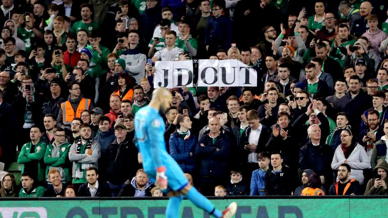 WATCH: Ireland fans' tennis ball protest before Conor Hourihane goal