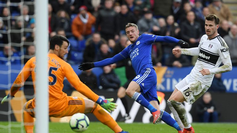 Vardy restores Leicester's lead with a shot across Sergio Rico