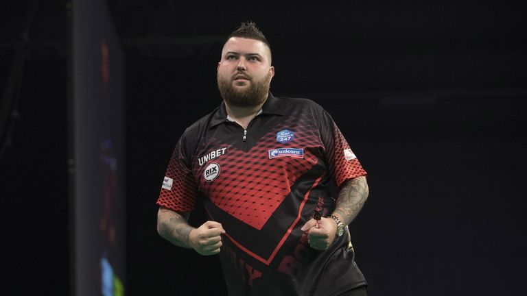 Michael Smith joined the Darts Show podcast to talk tungsten
