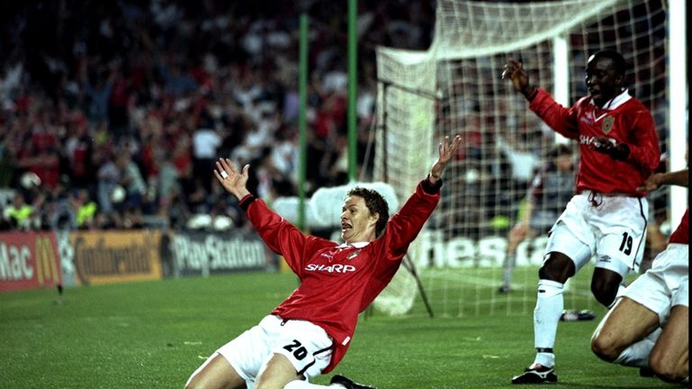 Ole Gunnar Solskjaer celebrates after his stoppage-time winner against Bayern Munich in 1999.