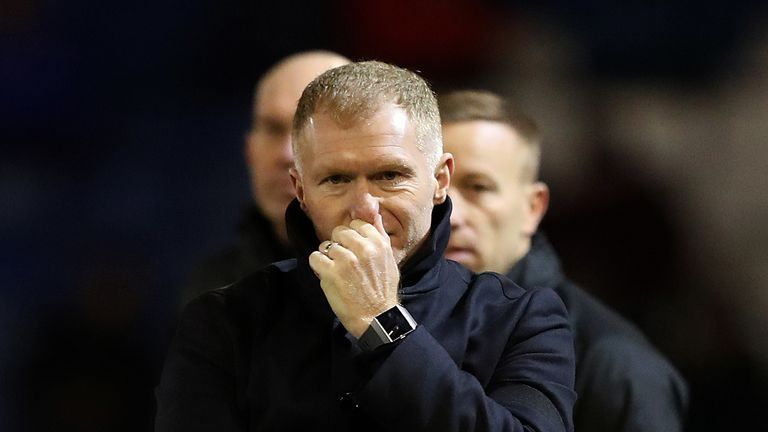 Scholes quits Oldham after one month in charge of club