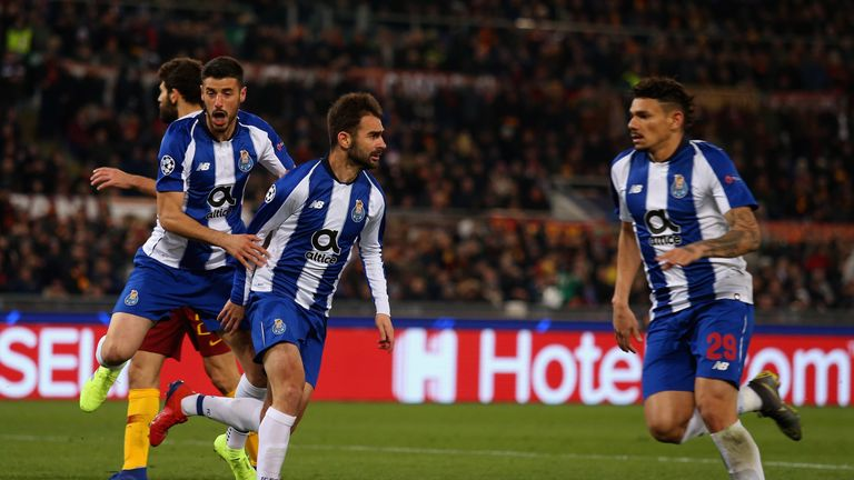 Porto go through in Champions League with extra time VAR penalty