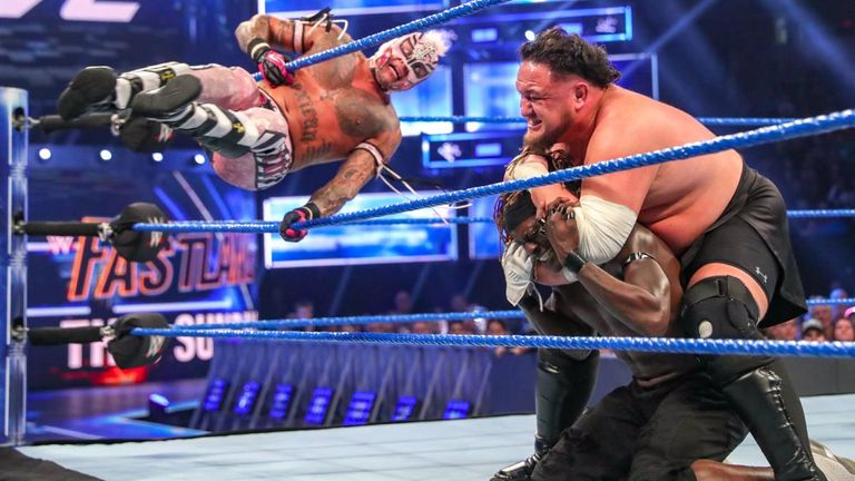 R-Truth put his United States title on the line in a fatal four-way on last night's SmackDown
