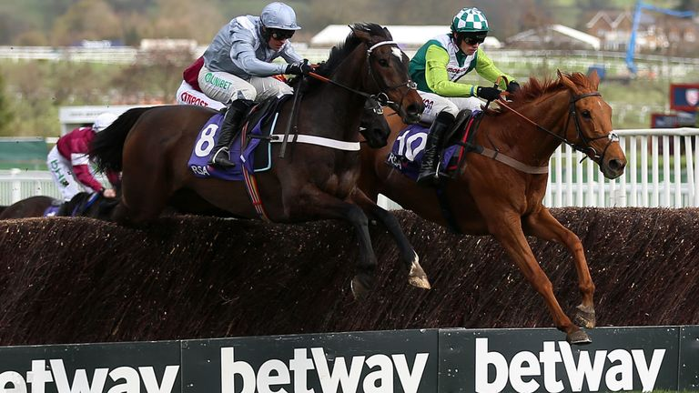 Topofthegame and Santini duel at the last in the RSA