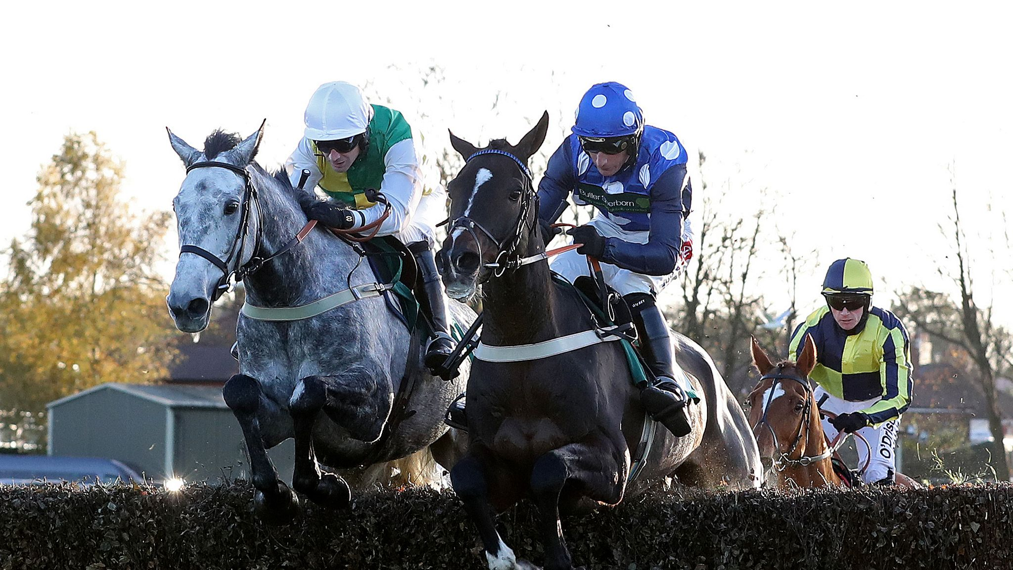 Sue Smith targets Grand National with Vintage Clouds