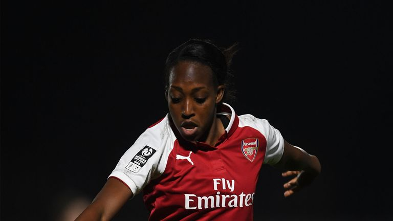 Danielle Carter in action for Arsenal