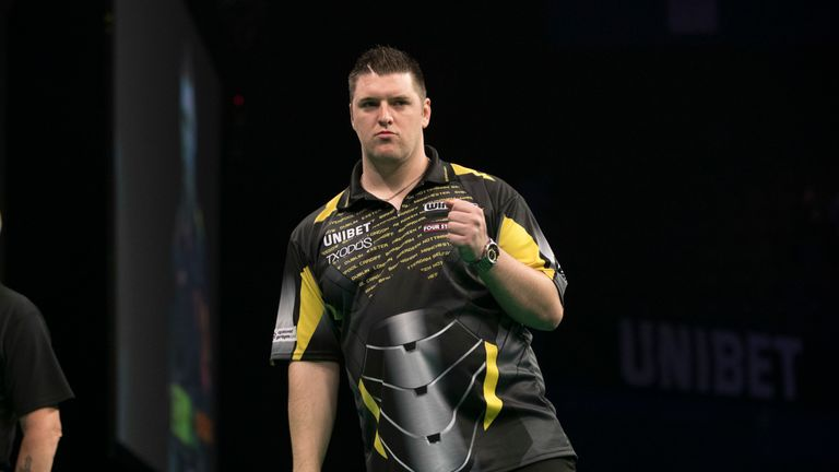 Can Daryl Gurney make it through to the Play-Offs?