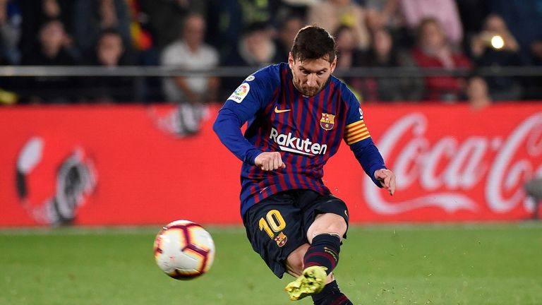 Lionel Messi helped salvage a draw for Barcelona