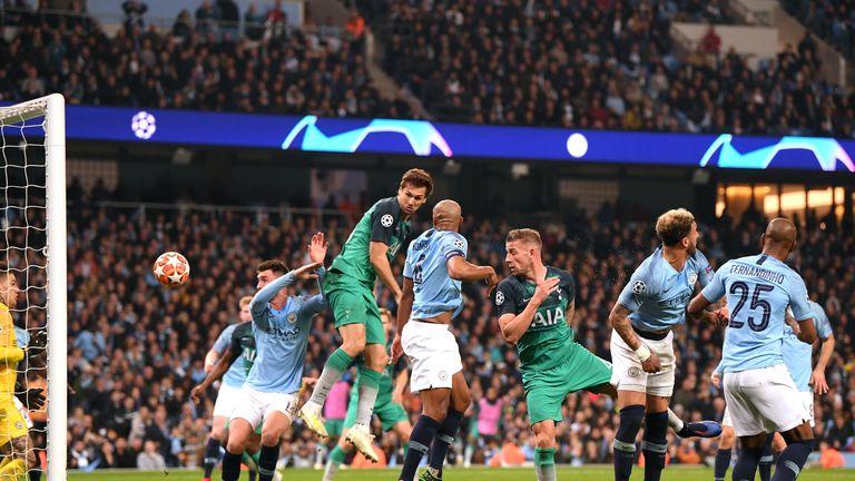 Fernando Llorente's goal proved enough to send Tottenham through on away goals