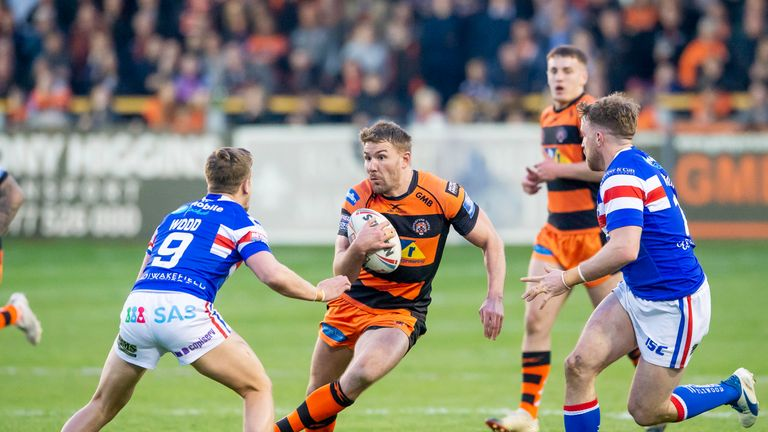 Castleford's Michael Shenton drives his side forward against Wakefield