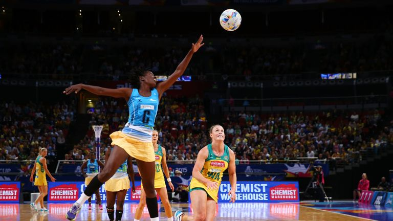 Australia and Barbados  duelling at the 2015 Netball World Cup