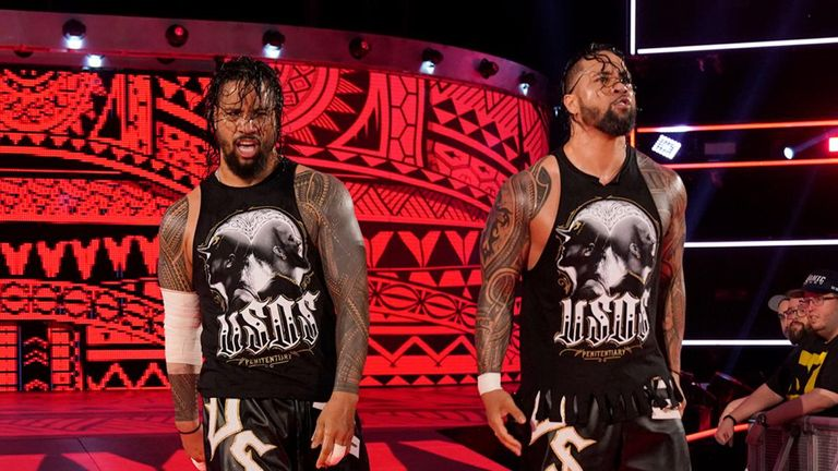 The Usos are in contention for the SmackDown tag titles despite being on Raw