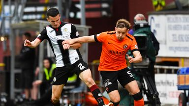 Dundee United and St Mirren played out a goalless draw in Thursday's play-off first leg