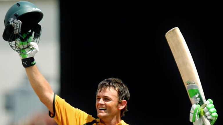 Adam Gilchrist celebrates his remarkable century in the 2007 final