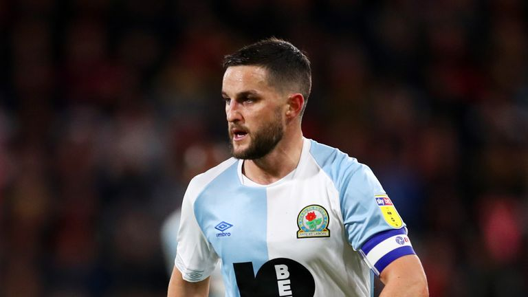 Craig Conway is keen to remain in England after leaving Blackburn Rovers