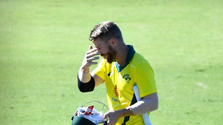 David Warner was dismissed cheaply for the second game running