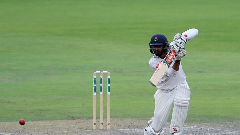 Haseeb Hameed hit back-to-back boundaries to seal Lancashire's win