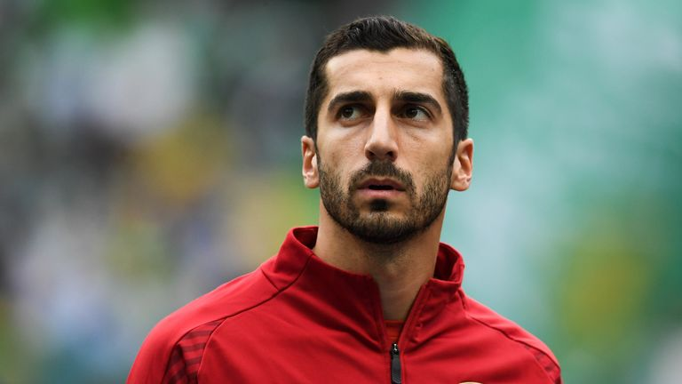 Arsenal's Henrikh Mkhitaryan has chosen not to travel to Azerbaijan for the final due to security concerns
