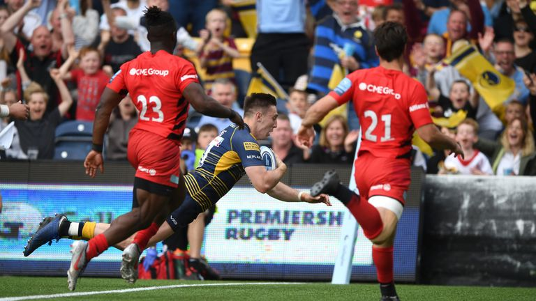 Josh Adams goes over for his try against Saracens
