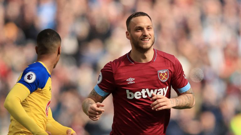 Marko Arnautovic has completed a medical with Shanghai SIPG