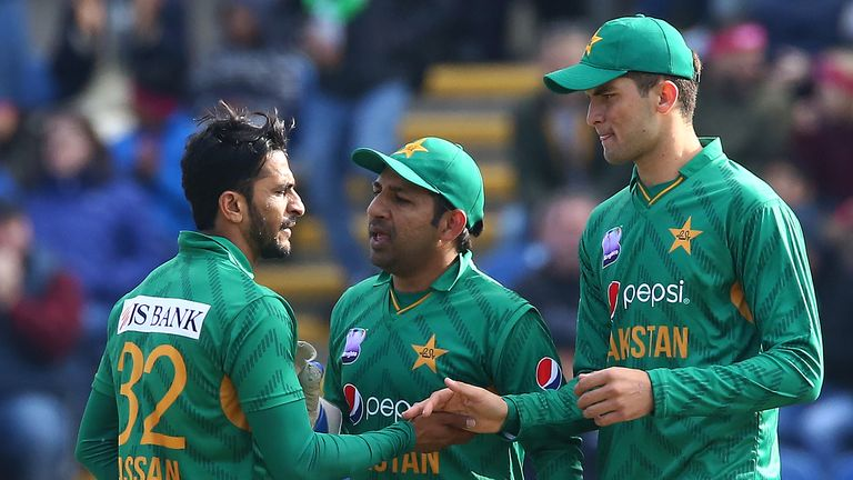 Will Pakistan captain Sarfraz Ahmed (centre) skipper his side to World Cup glory?
