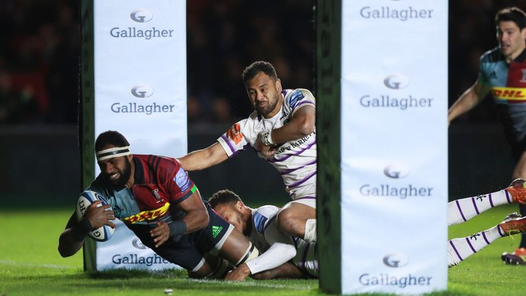 Semi Kunatani scored Harlequins' second try against Leicester Tigers