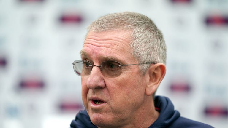 Trevor Bayliss will step down as England head coach after the Ashes
