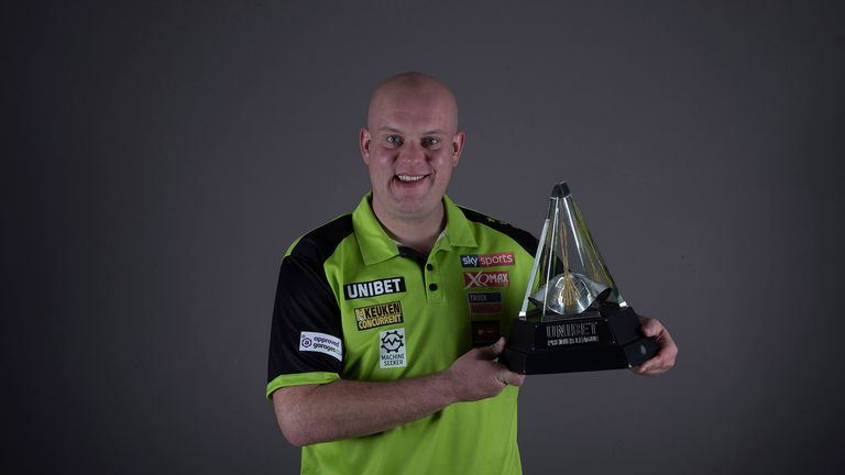Van Gerwen continued his magnificent record at The O2