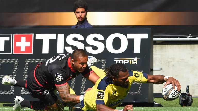 Alivereti Raka was one of the try-scorers for Clermont against Lyon