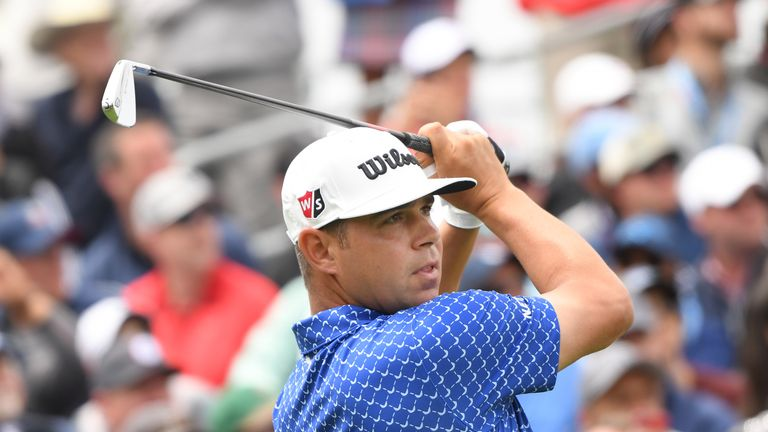 Gary Woodland holds a one-shot lead at the US Open