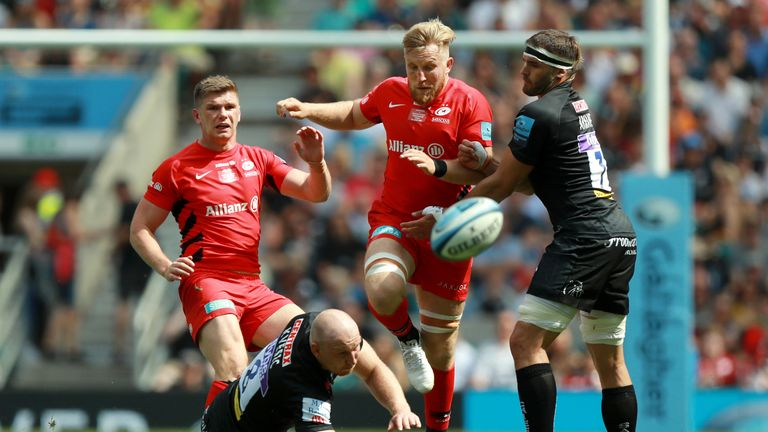 Jackson Wray chases a ball for Sarries