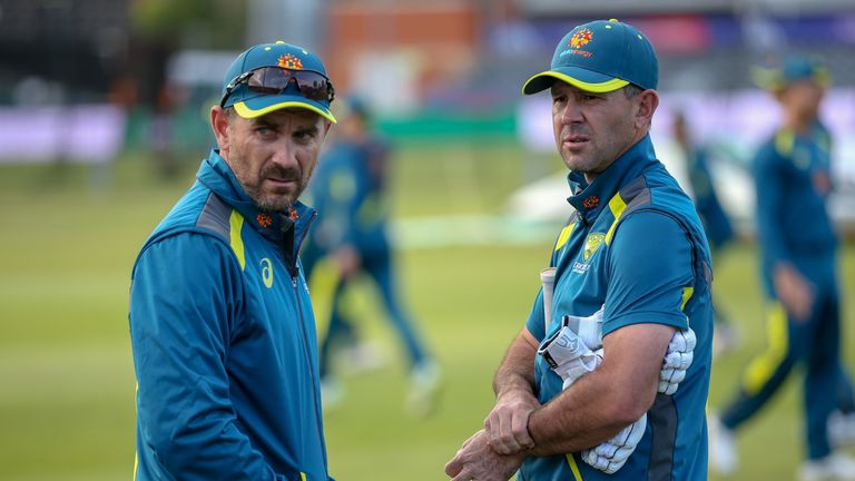 Ricky Ponting (R) has joined Justin Langer's coaching staff for the World Cup