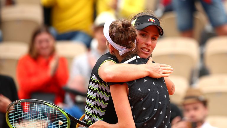 Konta congratulates Marketa Vondrousova at the end of their semi-final encounter
