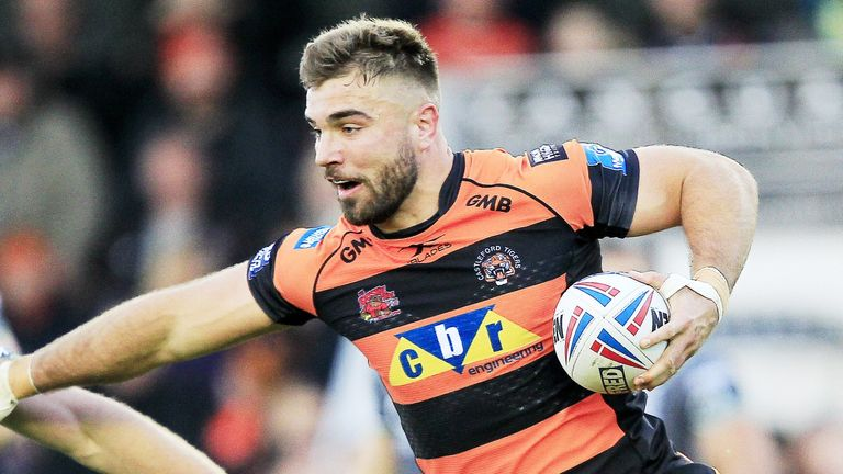 Castleford's Mike McMeeken was one of four try scorers as the Tigers won at Huddersfield