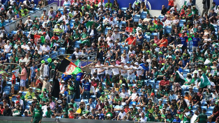 Pakistan call for police investigation into fan trouble during Afghanistan match