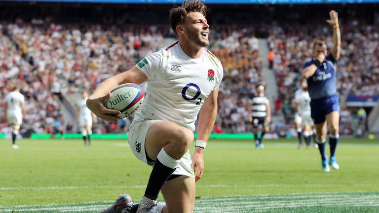 Williams' try at the start of the second half was crucial for England