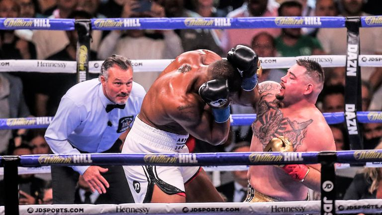 Ruiz Jr hurt Joshua with a succession of hooks