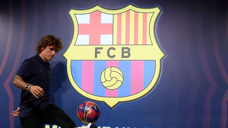 The 28-year-old has signed a four-year contract at the club, with a €800m buyout clause