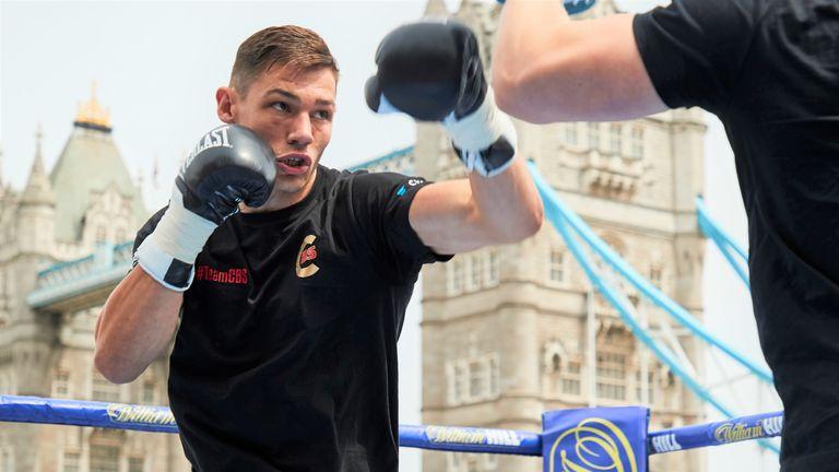 Chris Billam-Smith faces Riakporhe in a battle of unbeaten cruiserweights