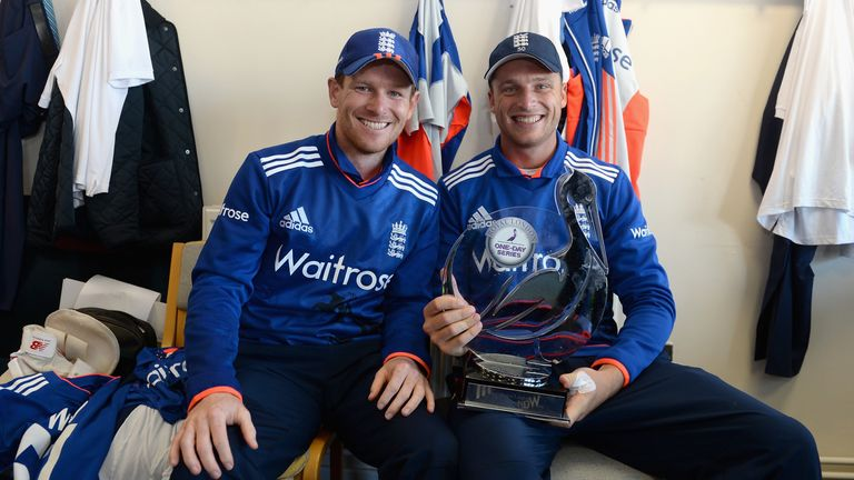 Eoin Morgan and Jos Buttler pose with the trophy after England's 3-2 win over New Zealand in 2015