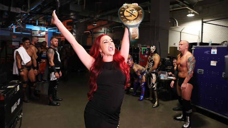 Maria Kanellis made history on last night's Raw by becoming WWE's first-ever pregnant champion