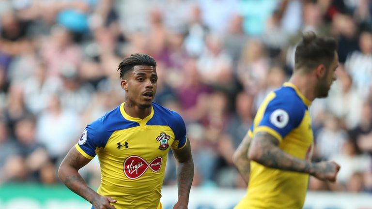 Everton see Southampton's Mario Lemina as a possible replacement for Gueye