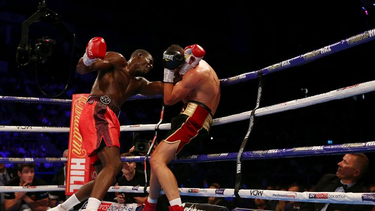Riakporhe edged two out of three judges' scorecards