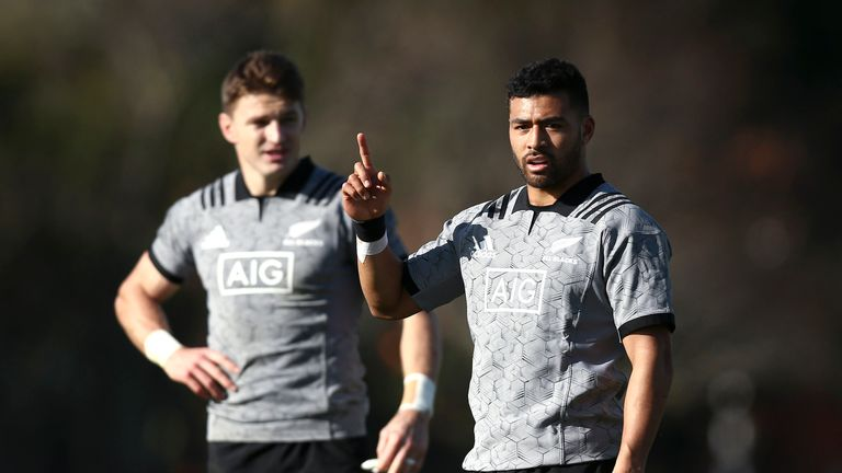 Who will play No 10 for the All Blacks? Beauden Barrett  (L) or Richie Mo'unga