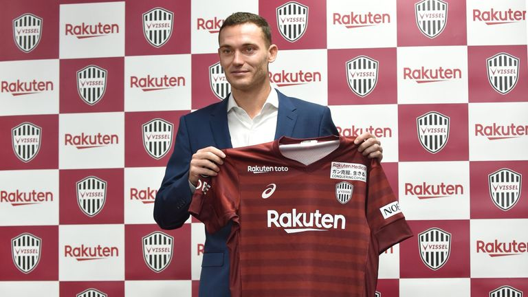 Thomas Vermaelen completes move to Vissel Kobe from Barcelona
