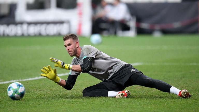Adrian will start the the final following the injury to Alisson
