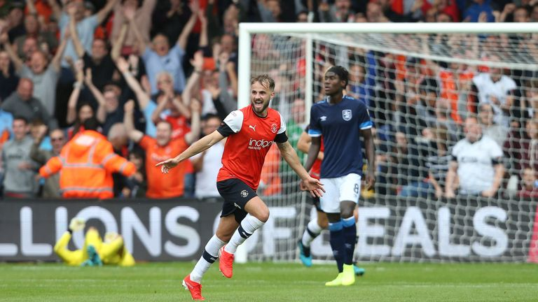 Luton Town's Andrew Shinnie celebrates scoring his side's second goal