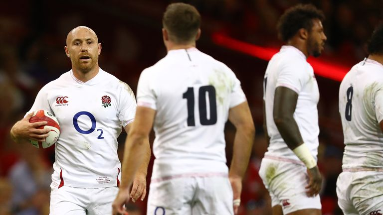 England were down to 13 at the time Wales' quick-thinking led to a try